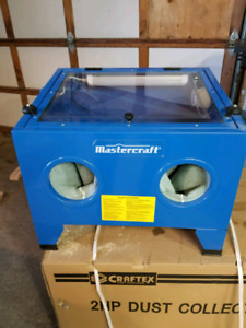 Brand new never used sand blasting cabinet