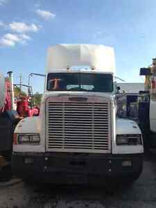 PARTING OUT-1997 FREIGHTLINER
