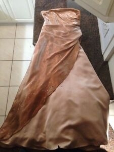 Robe Bronze & Beige