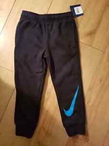 Boys NIKE sweatpants Brand New with tags 4T