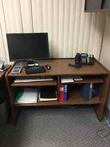 Full size office desk w/side computer table