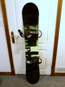 Firefly Rampage 148 snowboard w/boots (mens 9)