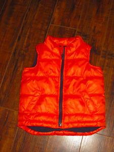 Old Navy 18-24 month vest, navy color inside. $3