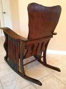 Antique Oak - 7 Spindle Rocking Chair Kitchener / Waterloo Kitchener Area image 7