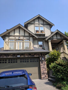 4 Bedroom House in Port Moody - Fully Furnished!