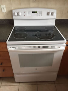 HOME APPLIANCES IN VERY GOOD CONDITION AND HIGH PERFORMANCE