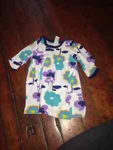 0-3 mth girls clothes London Ontario image 8