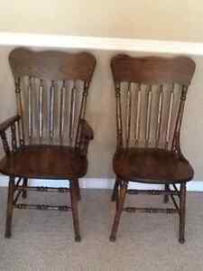 SOLID OAK DINING ROOM CHAIRS( 6)