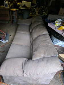COUCH-BEIGE (Glebe area) Pick up