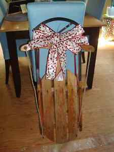 Christmas is coming!! Tree and Decorative sleds