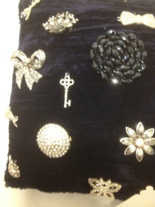 New Navy Velvet Pillow With Vintage Rhinestone Brooches/Pins