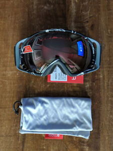 Bolle Gravity snowboard/ski goggles - Brand new with tags