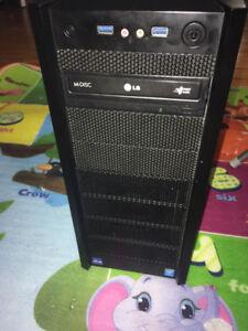 Tour d'ordinateur ANTEC I3
