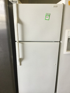 "Magic Chef White 28"" Fridge & Freezer"