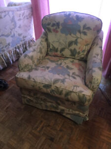 Beautiful Floral Loveseat and Chair