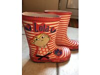 Charlie and Lola size 8 wellies