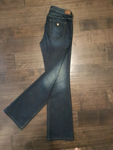 Guess Jeans - Size 30x31