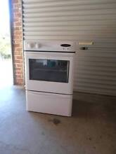 WESTINGHOUSE FREESTYLE ELECTRIC WALL OVEN in EXCELLENT CONDITION Miranda Sutherland Area Preview