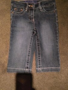 New without tags size 5t capri pants