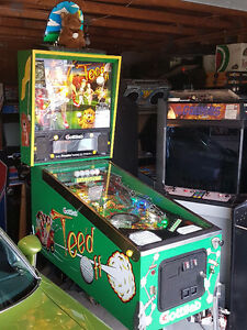 Pinball - Tee'd Off - Golf - Man Cave - Business