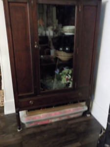 REDUCED---CHINA CABINET FOR SALE!!!
