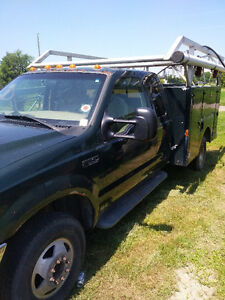 2001 Ford F-350 Pickup Truck With Service box&Aluminum Pipe Rack