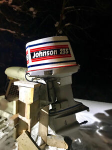 235hp Johnson outboard motor