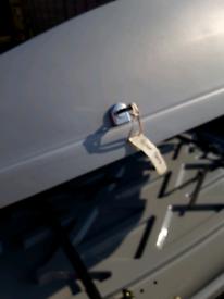 Karrite extreme car roof box