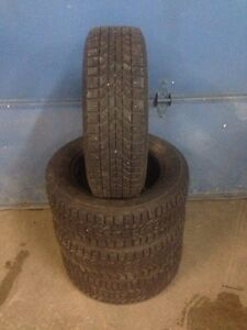 4x 185/65R14 Winter Force Cloutés winter tires