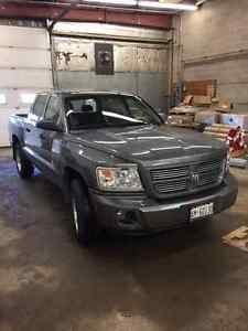 2008 Dodge Dakota SXT 4X4 LOW KMS, SAFETIED!!!