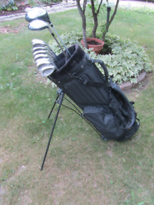 Ready for the Links - Mens RH Golf Set & Carry Bag w/extras