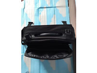 A quality leather bag with multiple pockets, quick sale at only£30,immaculate, costs £94.95