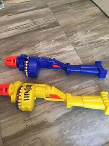 2 nerf guns // 15$ for both
