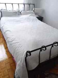 NEW    White %100 cotton Bed cover 2 pieces  size 172 cm to172cm