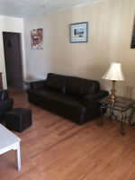 $500/W 3-4BDMS FURNISHED HOUSE WIFI&ALL UTILITIES INCL.AVAIL 1S
