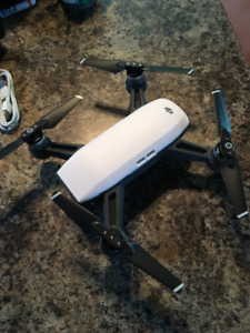 DJI Spark Drone - Fly More Combo - Lightly Used