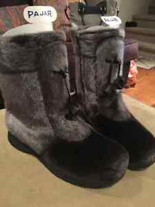 Women's sealskin boots