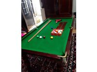 Snooker table that is also dining table - beautiful !