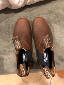 Blundstone Pebbled Brown Chisel toe