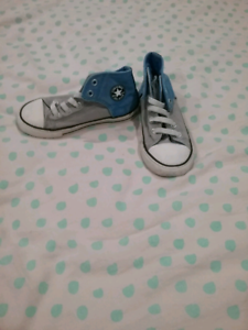 Kids Converse Hi-top Shoes (size 10) Maryborough Fraser Coast Preview