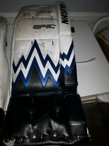 Hockey-Goalie Pads Vaughn Epic 8404