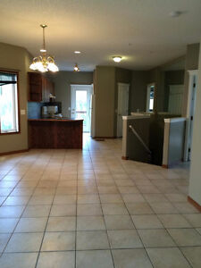 Cochrane house for rent PET FRIENDLY  available immediately