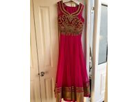 Ladies Pakistanui wedding outfit
