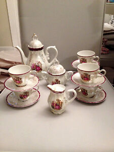 """Victorian Lovers"" complete tea set"