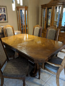 Dining room table, 6 chairs ,china cabinet and corner cabinet