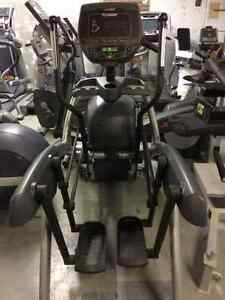 ARC TRAINER CYBEX  625 AT // JUST ONE YEAR