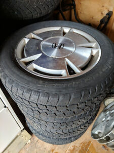 Honda civic factory  5 x 144.3 rims and tires 195 - 60 - 15