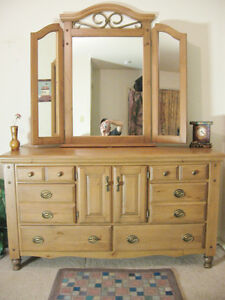 Beauty Wood Dresser w/Mirror {Delivery Avail]