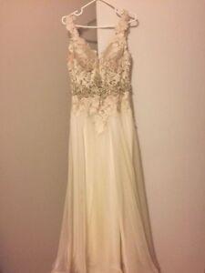 Beautiful Ivory Wedding Dress (size 4)