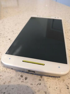 Moto X Pure Edition, 64GB, in Mint condition lots of extras RARE